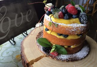 naked cake lemon curd